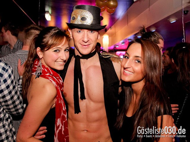 https://www.gaesteliste030.de/Partyfoto #17 Maxxim Berlin vom 09.12.2011