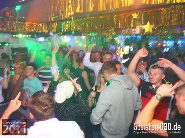 https://www.gaesteliste030.de/Partyfoto #131 Q-Dorf Berlin vom 31.12.2011