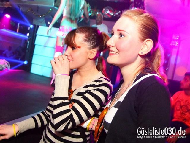 https://www.gaesteliste030.de/Partyfoto #141 Q-Dorf Berlin vom 23.12.2011
