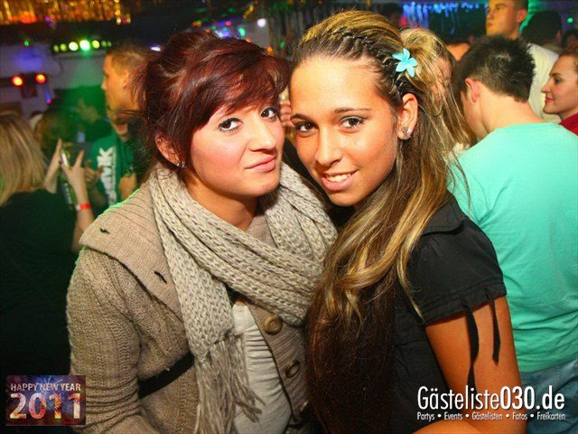 https://www.gaesteliste030.de/Partyfoto #8 Q-Dorf Berlin vom 31.12.2011