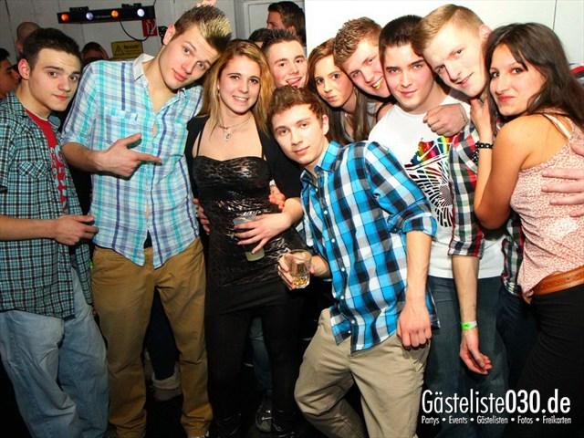 https://www.gaesteliste030.de/Partyfoto #122 Q-Dorf Berlin vom 06.01.2012