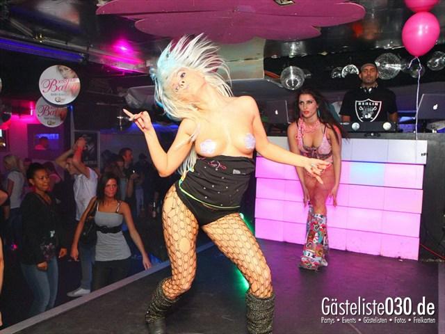 https://www.gaesteliste030.de/Partyfoto #198 Q-Dorf Berlin vom 16.12.2011