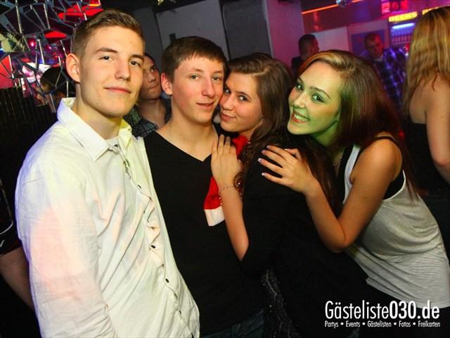 https://www.gaesteliste030.de/Partyfoto #110 Q-Dorf Berlin vom 23.12.2011