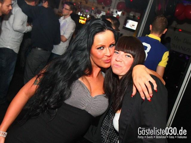 https://www.gaesteliste030.de/Partyfoto #16 Maxxim Berlin vom 15.12.2011