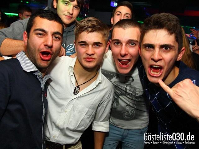 https://www.gaesteliste030.de/Partyfoto #126 Q-Dorf Berlin vom 14.12.2011