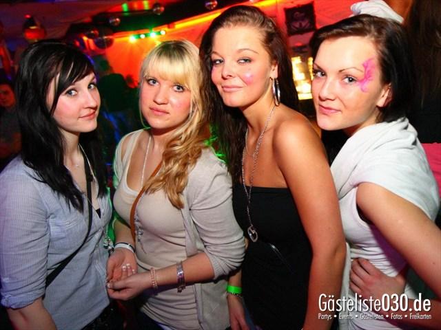 https://www.gaesteliste030.de/Partyfoto #272 Q-Dorf Berlin vom 09.03.2012