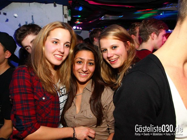 https://www.gaesteliste030.de/Partyfoto #4 Q-Dorf Berlin vom 21.12.2011