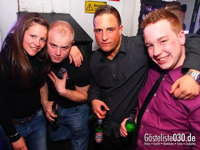 https://www.gaesteliste030.de/Partyfoto #185 Q-Dorf Berlin vom 10.12.2011