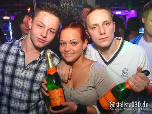 https://www.gaesteliste030.de/Partyfoto #198 Q-Dorf Berlin vom 07.01.2012