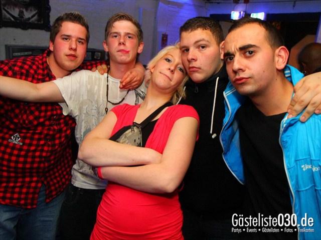https://www.gaesteliste030.de/Partyfoto #121 Q-Dorf Berlin vom 09.12.2011