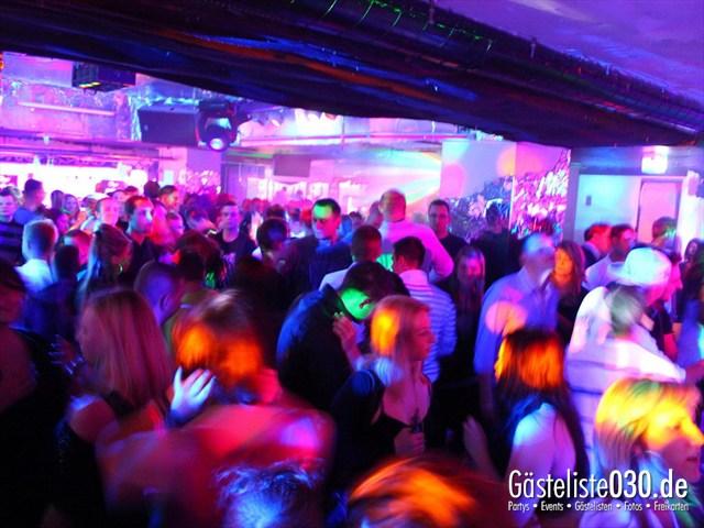 https://www.gaesteliste030.de/Partyfoto #74 Q-Dorf Berlin vom 09.12.2011