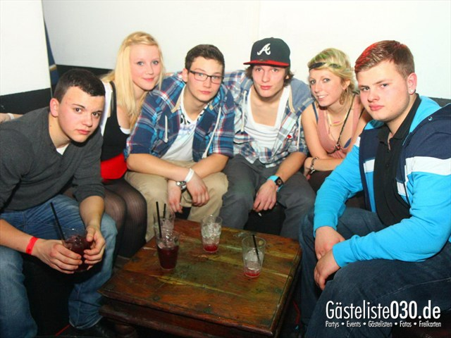 https://www.gaesteliste030.de/Partyfoto #136 Q-Dorf Berlin vom 06.01.2012