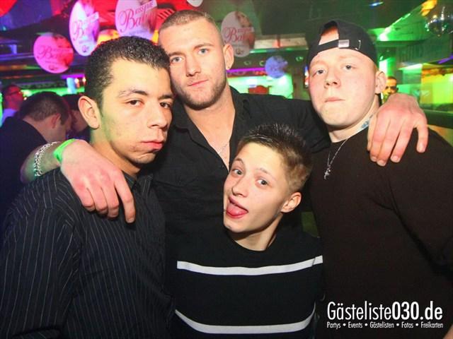 https://www.gaesteliste030.de/Partyfoto #157 Q-Dorf Berlin vom 06.01.2012
