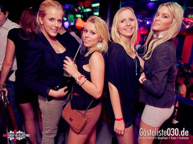 https://www.gaesteliste030.de/Partyfoto #21 China Lounge Berlin vom 16.12.2011