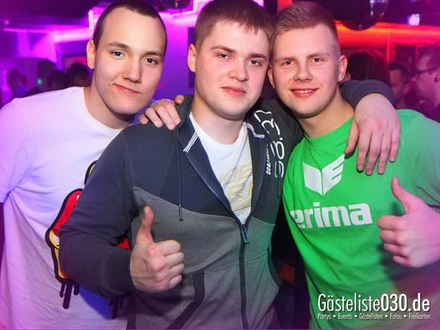 https://www.gaesteliste030.de/Partyfoto #105 Q-Dorf Berlin vom 18.01.2012