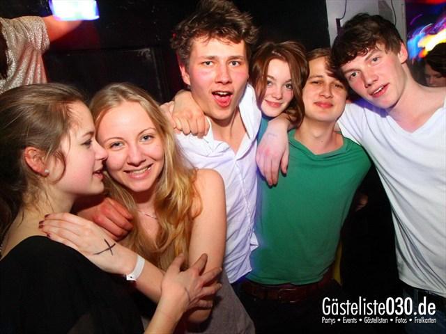 https://www.gaesteliste030.de/Partyfoto #211 Q-Dorf Berlin vom 04.04.2012