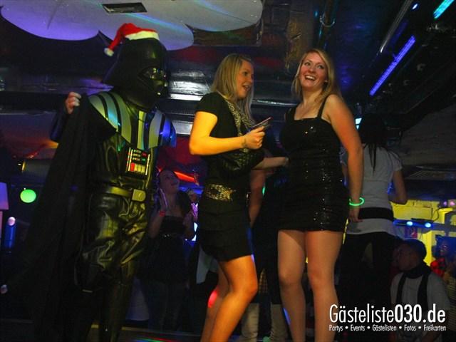https://www.gaesteliste030.de/Partyfoto #128 Q-Dorf Berlin vom 23.12.2011