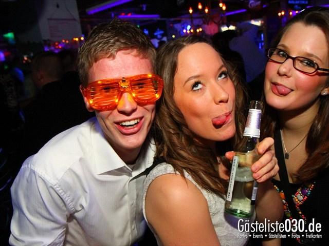https://www.gaesteliste030.de/Partyfoto #138 Q-Dorf Berlin vom 10.12.2011
