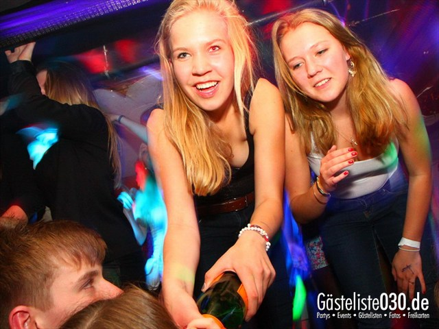 https://www.gaesteliste030.de/Partyfoto #135 Q-Dorf Berlin vom 16.05.2012