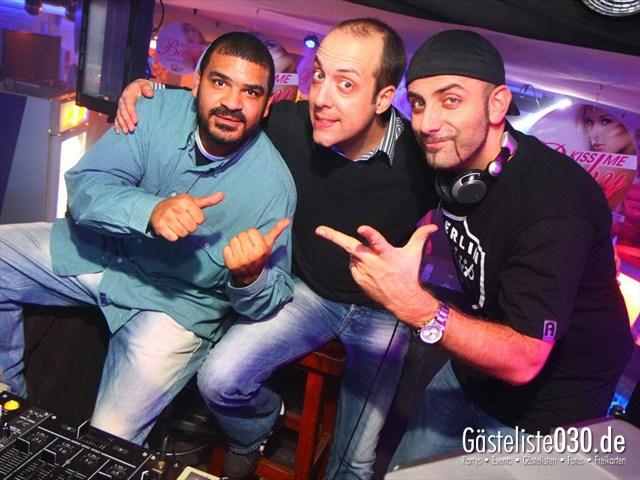 https://www.gaesteliste030.de/Partyfoto #108 Q-Dorf Berlin vom 16.12.2011