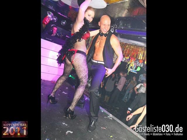 https://www.gaesteliste030.de/Partyfoto #139 Q-Dorf Berlin vom 31.12.2011