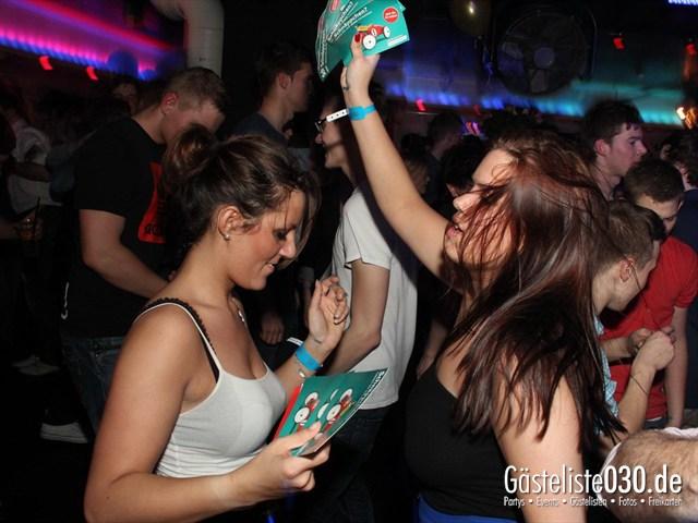 https://www.gaesteliste030.de/Partyfoto #102 Maxxim Berlin vom 23.03.2012