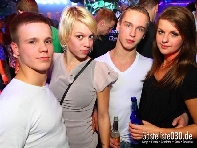 https://www.gaesteliste030.de/Partyfoto #48 Q-Dorf Berlin vom 17.12.2011