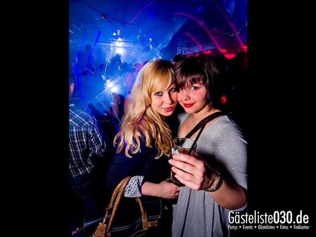 https://www.gaesteliste030.de/Partyfoto #5 Maxxim Berlin vom 02.01.2012