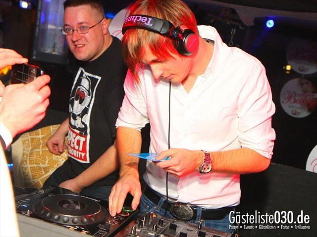 https://www.gaesteliste030.de/Partyfoto #135 Q-Dorf Berlin vom 09.12.2011