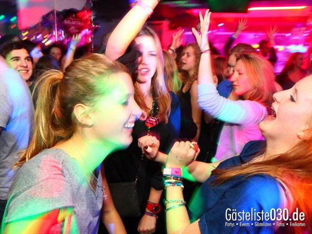 https://www.gaesteliste030.de/Partyfoto #33 Q-Dorf Berlin vom 21.12.2011