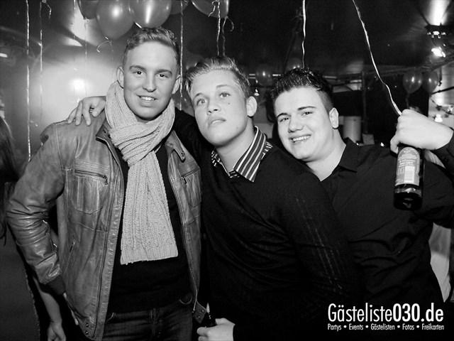 https://www.gaesteliste030.de/Partyfoto #22 Maxxim Berlin vom 06.01.2012