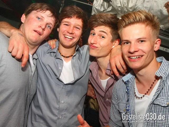 https://www.gaesteliste030.de/Partyfoto #182 Q-Dorf Berlin vom 11.05.2012