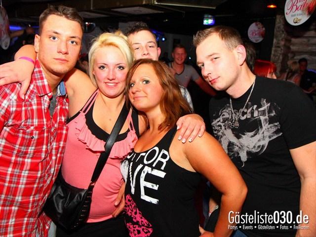 https://www.gaesteliste030.de/Partyfoto #145 Q-Dorf Berlin vom 09.12.2011