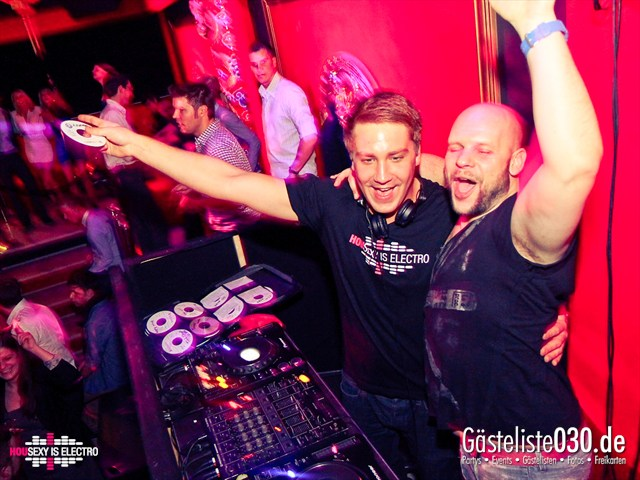 https://www.gaesteliste030.de/Partyfoto #141 China Lounge Berlin vom 16.12.2011