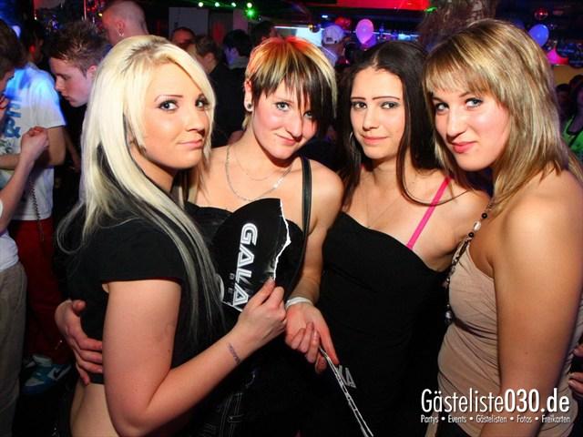 https://www.gaesteliste030.de/Partyfoto #39 Q-Dorf Berlin vom 21.04.2012