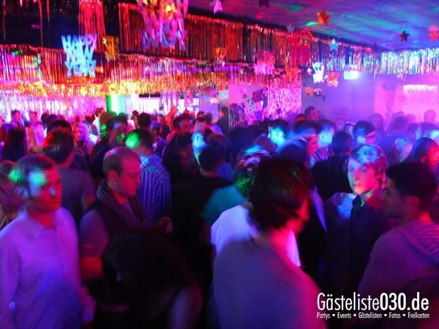 https://www.gaesteliste030.de/Partyfoto #101 Q-Dorf Berlin vom 30.12.2011