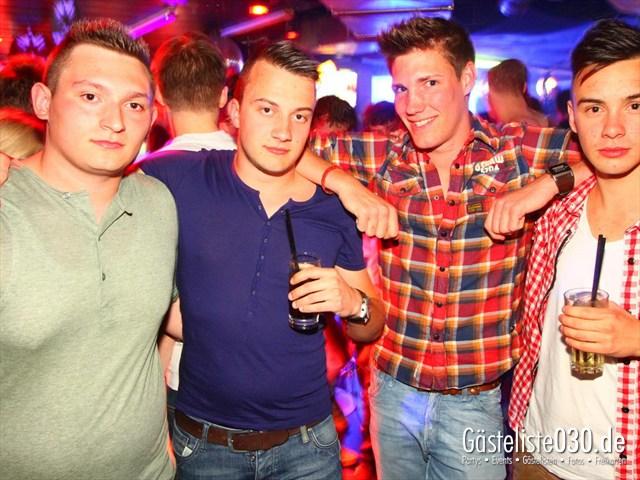 https://www.gaesteliste030.de/Partyfoto #138 Q-Dorf Berlin vom 04.04.2012