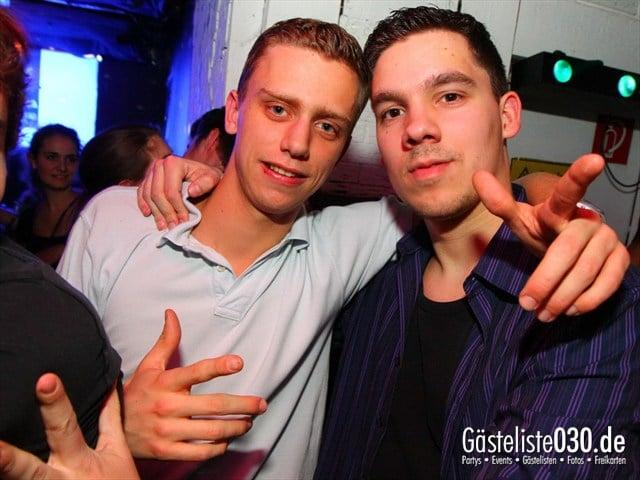 https://www.gaesteliste030.de/Partyfoto #78 Q-Dorf Berlin vom 21.12.2011