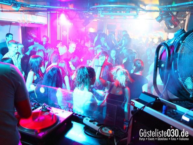 https://www.gaesteliste030.de/Partyfoto #43 Maxxim Berlin vom 02.02.2012
