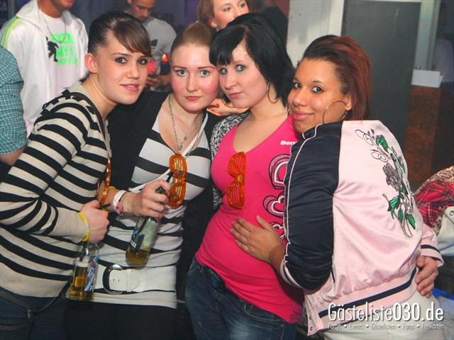 https://www.gaesteliste030.de/Partyfoto #29 Q-Dorf Berlin vom 23.12.2011