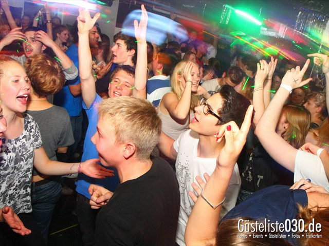 https://www.gaesteliste030.de/Partyfoto #129 Q-Dorf Berlin vom 09.05.2012