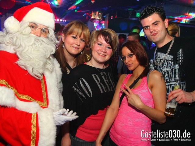 https://www.gaesteliste030.de/Partyfoto #8 Q-Dorf Berlin vom 25.12.2011