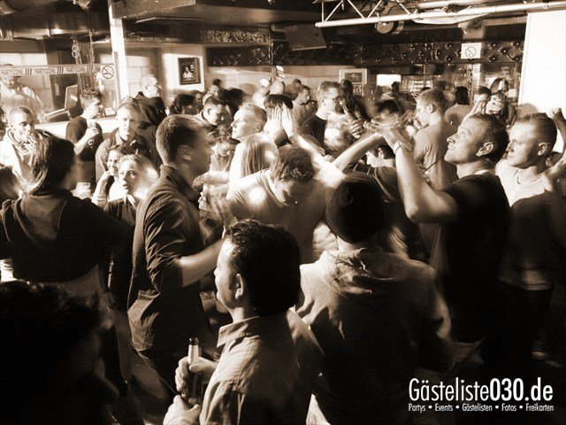 https://www.gaesteliste030.de/Partyfoto #6 Q-Dorf Berlin vom 04.01.2012