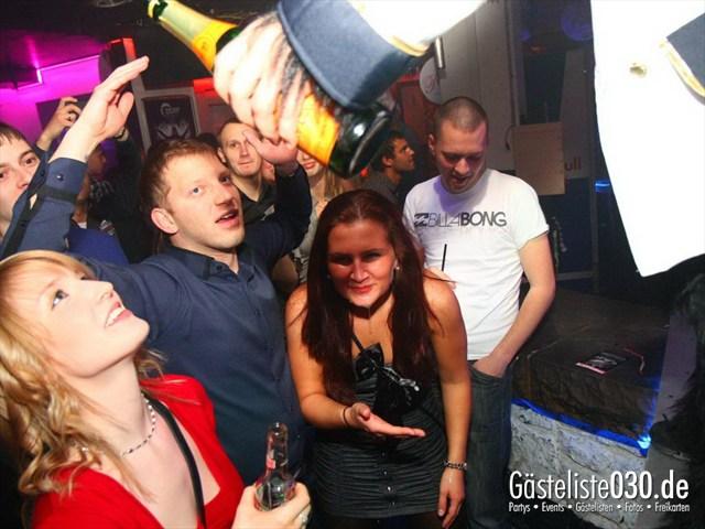 https://www.gaesteliste030.de/Partyfoto #172 Q-Dorf Berlin vom 06.01.2012