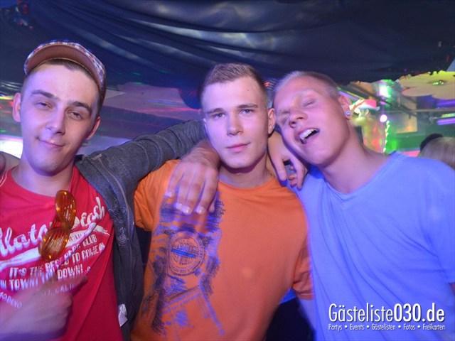 https://www.gaesteliste030.de/Partyfoto #157 Q-Dorf Berlin vom 11.05.2012