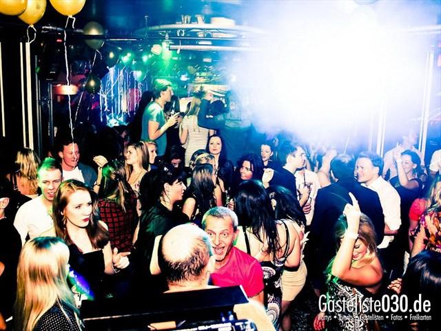 https://www.gaesteliste030.de/Partyfoto #44 Maxxim Berlin vom 09.12.2011