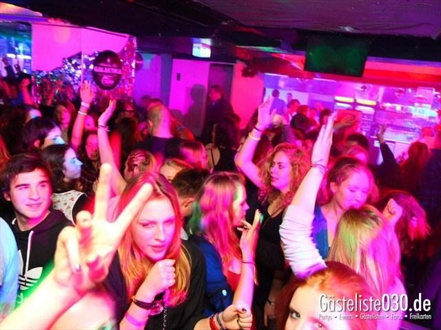 https://www.gaesteliste030.de/Partyfoto #191 Q-Dorf Berlin vom 21.12.2011