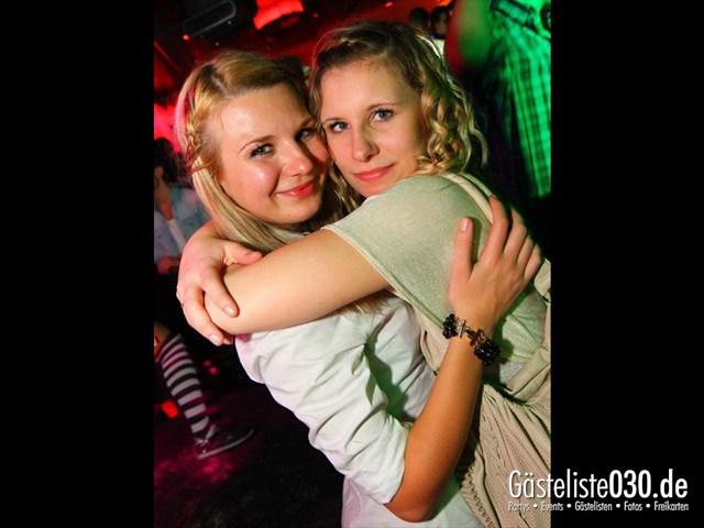 https://www.gaesteliste030.de/Partyfoto #35 Maxxim Berlin vom 22.12.2011