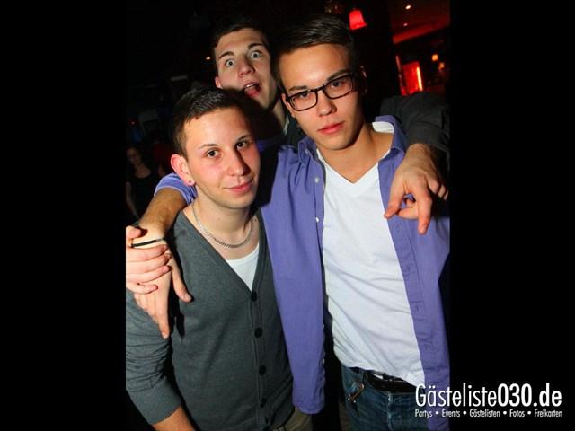 https://www.gaesteliste030.de/Partyfoto #229 Q-Dorf Berlin vom 17.12.2011