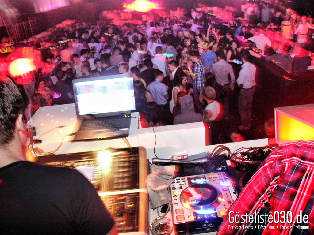 Partyfoto #75 Box Gallery 24.03.2012 Night Light